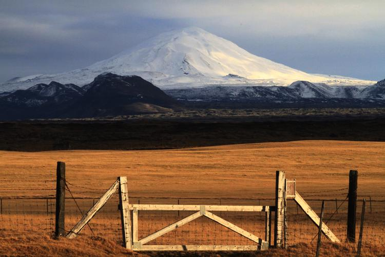 "Hekla  a dormant volcano ""Gateway to Hell.""  (image)"