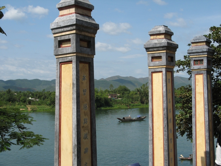 Pillars at the Thien Mu pagoda